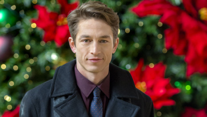 "Exclusive: An Interview With Bobby Campo From Hallmark Channel's ""Sharing Christmas"" (2017)"
